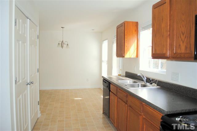 4021 Griffis Glen Drive Raleigh NC 7 LuxuryMovers Real Estate