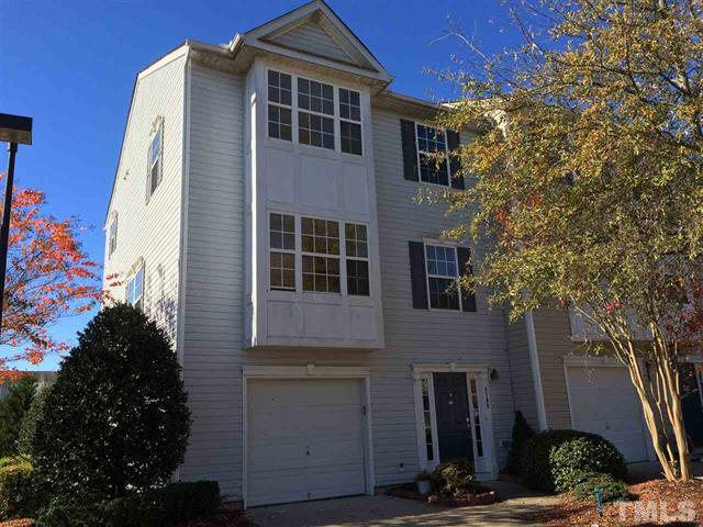 8709 Winding River Road Raleigh - LuxuryMovers Real Estate
