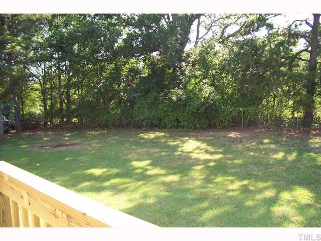 4104 Rockside Hills Dr. Raleigh NC - LuxuryMovers Real Estate 2