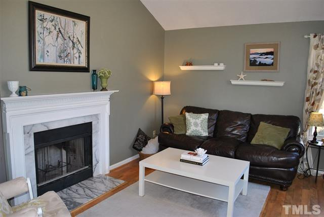 4104 Rockside Hills Dr. Raleigh NC - LuxuryMovers Real Estate 6