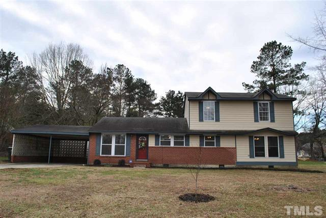 900 Newcombe Road, Raleigh NC - LuxurMovers Real Estate 3