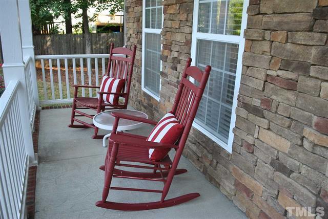 171 Roan Garner NC - LuxuryMovers Real Estate