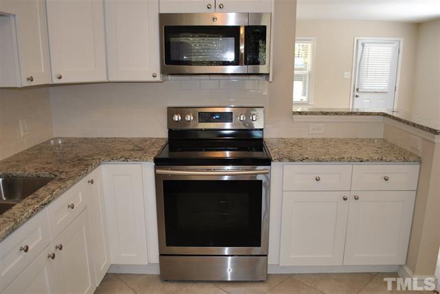 2472 Milburnie Rd Raleigh NC - LuxuryMovers Real Estate 2