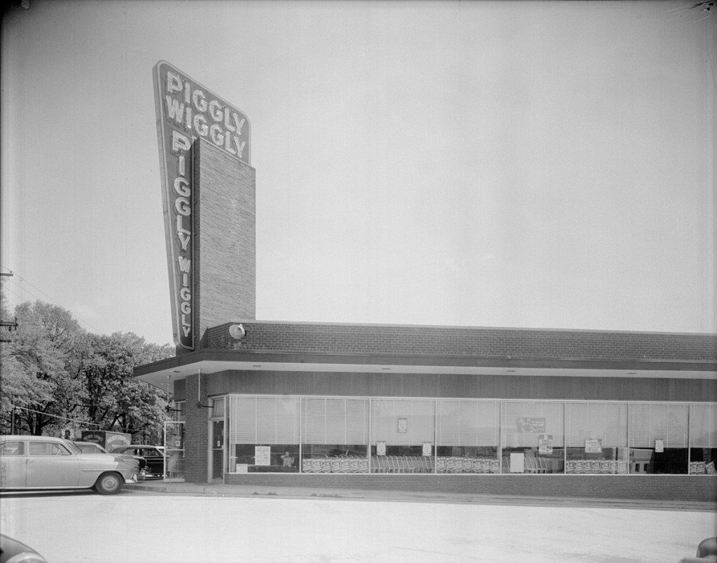 Piggly Wiggly, Five Points, Whittaker Mill Rd at Glenwood Ave