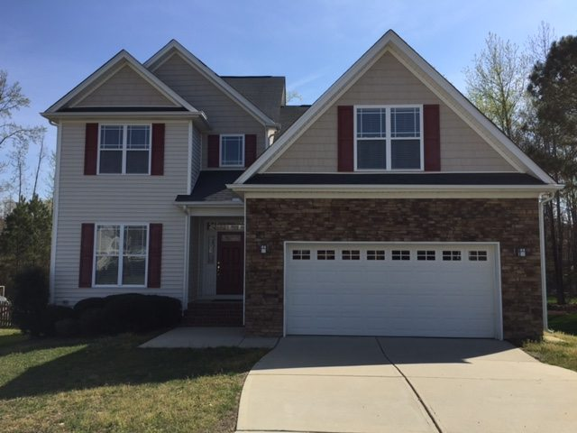 209 Rivendell, Holly Springs NC - LuxuryMovers Real Estate