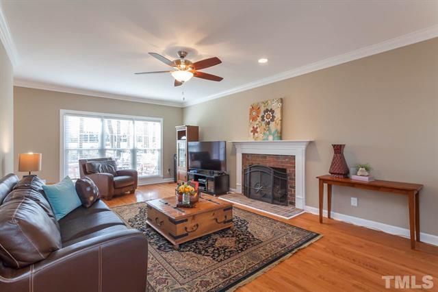 6257 Hampton Ridge Raleigh - LuxuryMovers Real Estate