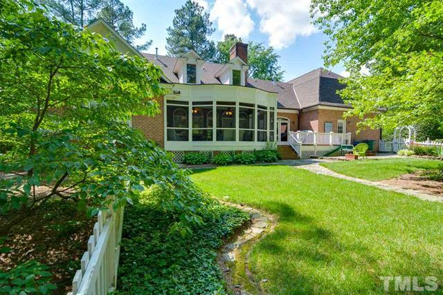 7002 Old Trail Drive, Durham NC - Your LuxuryMovers Team 8