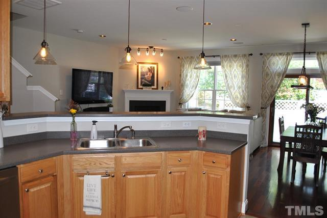 214 Lone Star Cary NC 7- Your LuxuryMovers Real Estate