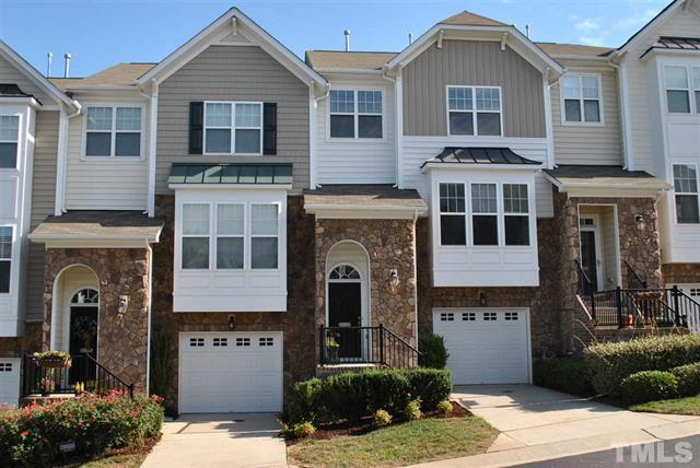 5916 Longeria Ct Raleigh NC - Your LuxuryMovers Real Estate Team