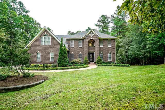 4616 Cross Brook Lane Raleigh NC - Your LuxuryMovers Team 1
