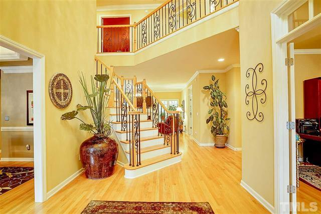 4616 Cross Brook Lane Raleigh NC - Your LuxuryMovers Team 4