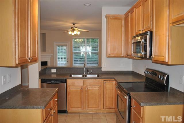 4813 Sir Duncan Way Raleigh NC - Your LuxuryMovers Real Estate 6