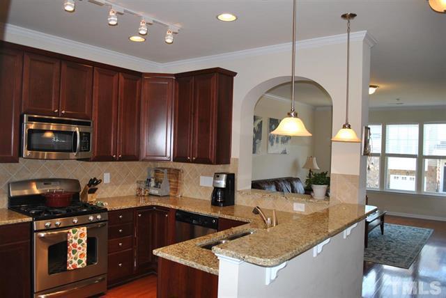 5916 Longeria Ct Raleigh NC - Your LuxuryMovers Real Estate Team 7